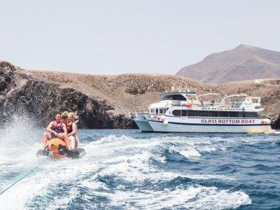 Paseo en barco en familia por Papagayo - adulto