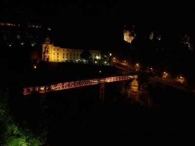 Guided tour in Cuenca for couples