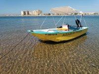 在蓬塔翁布里亚的船租赁