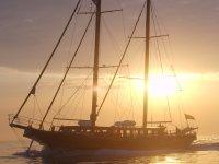 Goletas para eventos y fiestas  en barcos