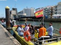 Embarcando en el puerto