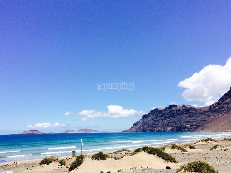 famara playa