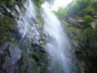 Cascada en un barranco