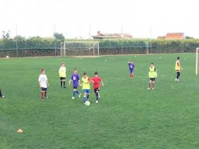 2-week english football camp