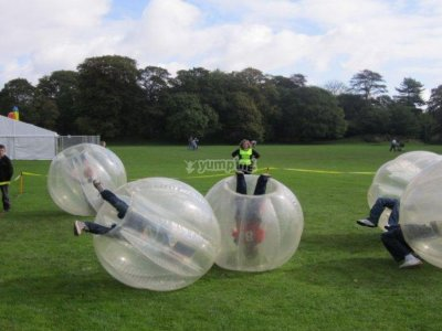 Bubble football in Colmenar, children aged 8-14