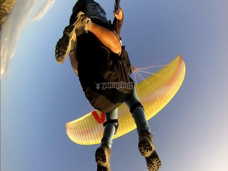 volando por el cielo