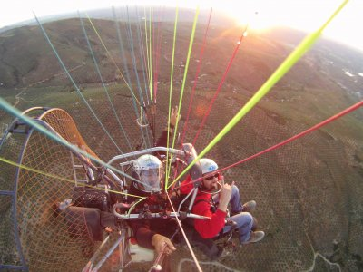 Paramotor con instructor en Sierra Nevada 60 min