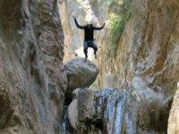 canyoning jumps