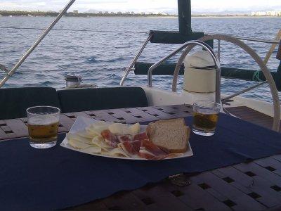 Despedidas de soltera en velero en Alicante 1 día