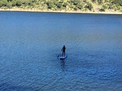 2 horas de paddle surf con comida Pantano San Juan