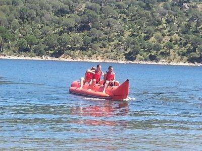 Ruta en Banana Boat por el lago de San Juan 20 min