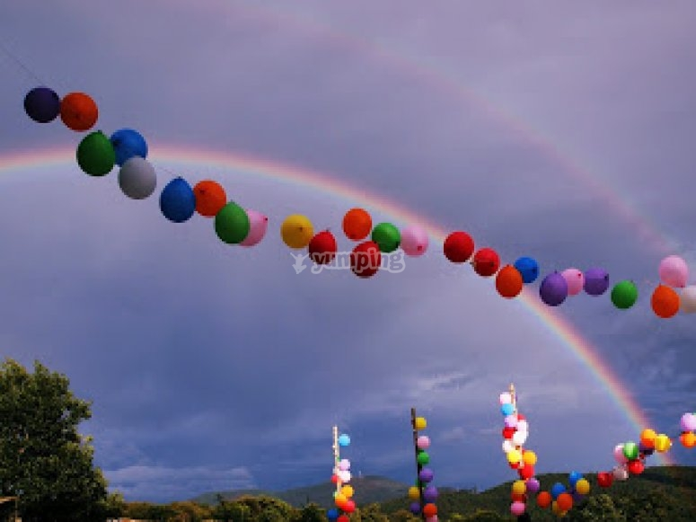 Globos y arco iris