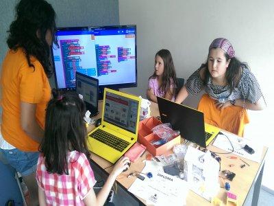 Campamento Tecnológico Verano Girls&Tech Bilbao