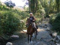 En una ruta a caballo