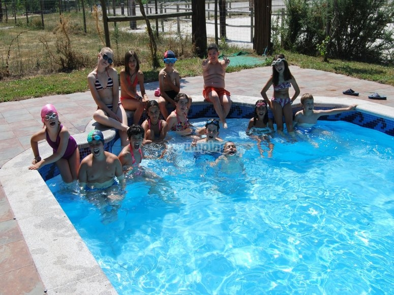 Swimminh in the pool of Negreira