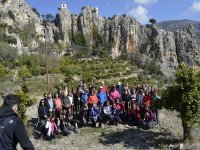 Stop on the hiking trail to enjoy the Alicante landscape