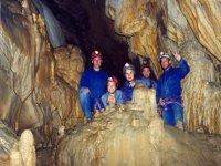 Foto dentro de la gruta