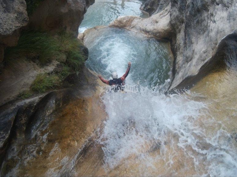 Canyoning in Lentegi