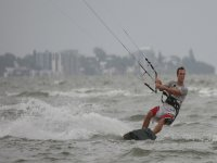 Aprender kitesurf en Tarifa