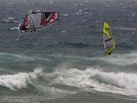 Practicar windsurf en Tarifa