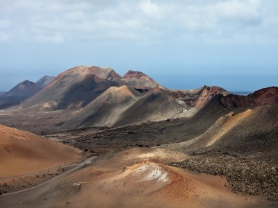 Volcanoes and vineyards route, Lanzarote, kids