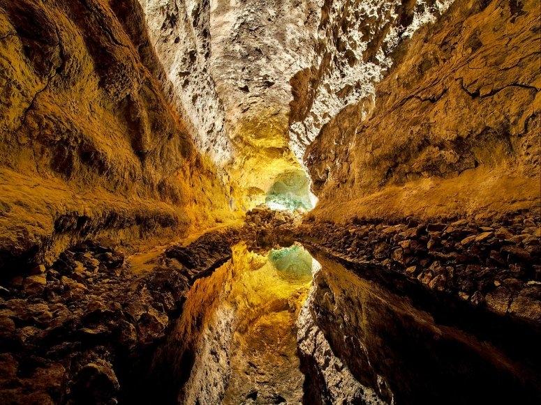 Visita las cuevas verdes