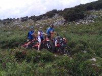 Tres amigos con Bultaco Brinco