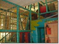 Parque infantil con hinchables
