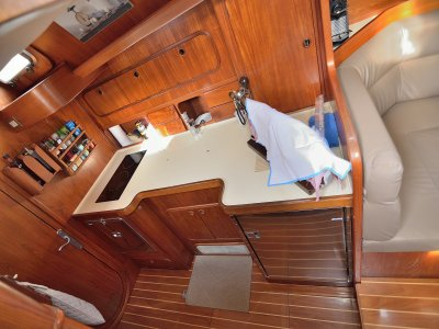 Rent a sailing boat per weeks in Murcia