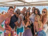 Grupo en barco