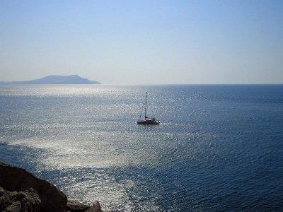 Excursión velero para grupos en Alicante 3 horas