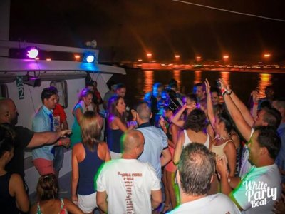 White Party Boat