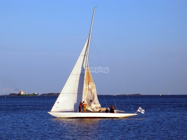 Naviga con noi