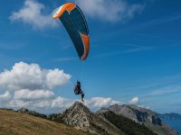 Paragliding in Islares