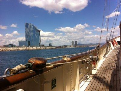Gita in barca e cantina in Avorio Alella
