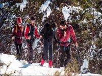 En ruta con las raquetas de nieve