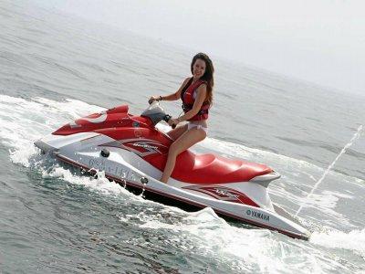 Pack jet boat+vídeo, jetski, paracaídas en Málaga