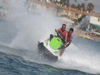 Jet boat, jet ski y banana en Málaga para dos