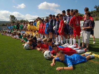 巴塞罗那为期4周的足球训练营