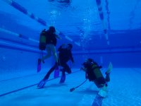 BAutizo de inmersion en la piscina de CAnyelles