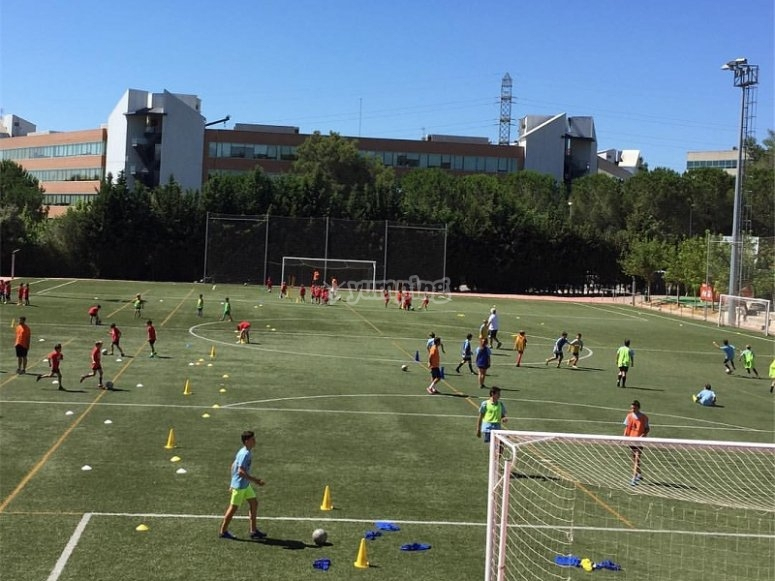 巴塞罗那足球训练