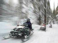 Experimenta la velocidad en moto de nieve