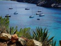 Alquila barco Hanse 411 en Ibiza