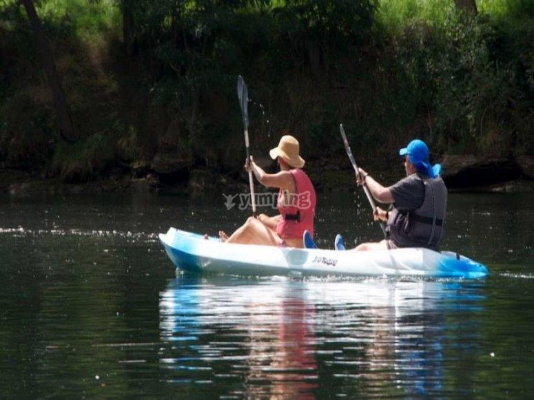 Giro in kayak