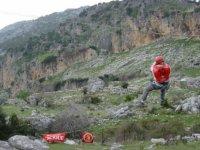 Tirolina en jornada multiaventura