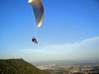 Volar en parapente biplaza en Collbaix