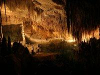 A l'intérieur de la grotte
