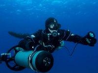 潜水员使用的氧气瓶海