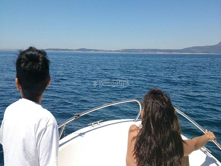Agradable paseo en alta mar