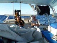 Riparando la vela nell'incrocio Atlantica